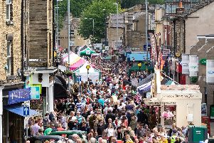 Tens of thousands flock to annual Brighouse 1940s weekend