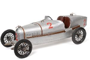Compagnie Industrielle Du Jouet (CIJ) P2 Alfa Romeo silver economy version ' �2,500-3,500 (Toys, Models & Collectables, 24 July).