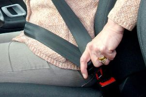 Currently, motorists who are found not to be weating their safety belt while driving are given a fine of 100.