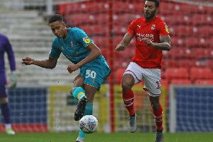 Picture Gareth Williams/AHPIX LTD, Football, Sky Bet League Two, Swindon Town v Mansfield Town, County Ground, Swindon, UK, 23/11/19, K.O 3pm''Howard Roe>07973739229''Mansfield's Alistair Smith launches an attack before Swindon's Kaiyne Woolery can close him down