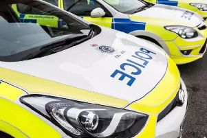 Police caught five suspected burglars as they fled from the scene in South Leeds.