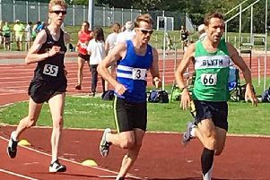 Andrew Lawrence in the 5000m. Picture by Helen King