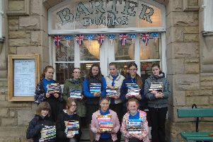 Glendale Middle School pupils at Barter Books.