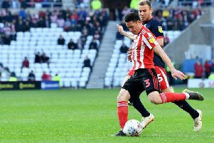 Bryan Oviedo in action for Sunderland AFC.