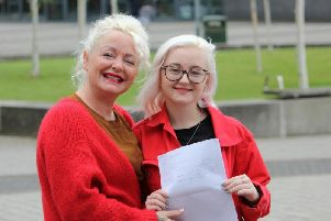 Jess Harrison and her mum