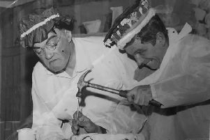 Bill Shimmin and Ron Scales perform back in 1950.