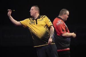 Dave Chisnall takes on Stephen Bunting in Dublin. Picture: Lawrence Lustig.