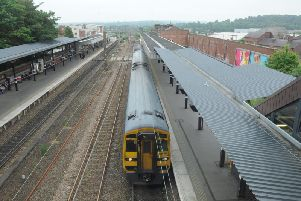 Services between Wakefield and Leeds have been cancelled after a train broke down on the lines.