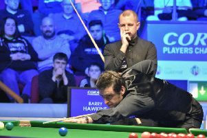Ronnie O'Sullivan watched by Barry Hawkins (picture by Event Photos 67)