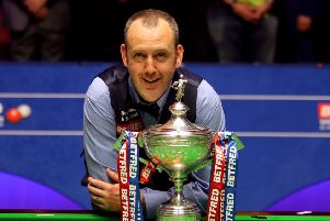 Mark Williams with the trophy after winning the 2018 Betfred World Championship at The Crucible, Sheffield. Picture: Richard Sellers/PA