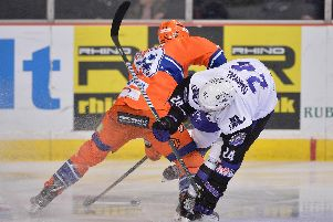 A Sheffield v Glasgow tussle during Clan's win at the Arena last month