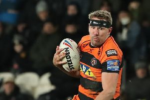 CRICITISED: Castleford Tigers' Michael Shenton runs with the ball. Picture by Ash Allen/SWpix.com