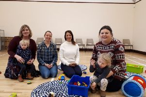 Eastwood MP Gloria De Piero with mums at Brinsley Playgroup.