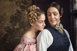 Ann Walker (SOPHIE RUNDLE) and Anne Lister (SURANNE JONES) in Gentleman jack (BBC)